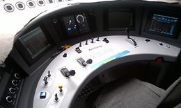 Blick in einen modernen Führerraum
