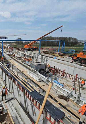 Bauarbeiten der DB AG für Schienenanbindung BBI